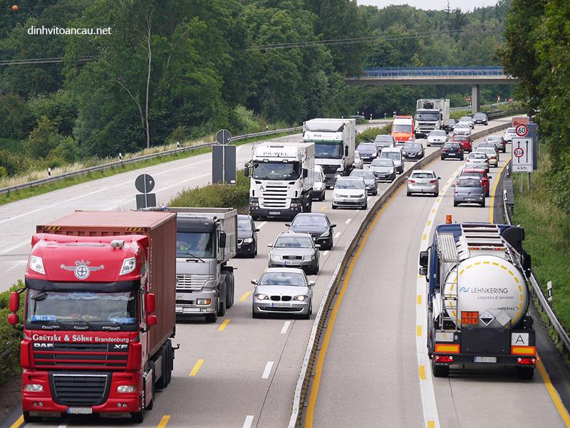 lắp thiết bị định vị xe tải hợp quy là điều kiện để kinh doanh vận tải
